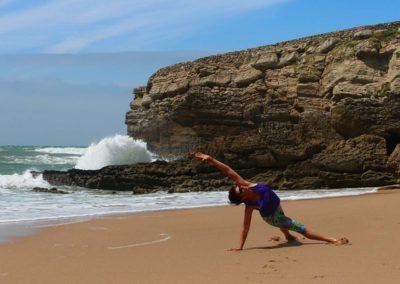 Yogamastazz-beach-Portugal_11